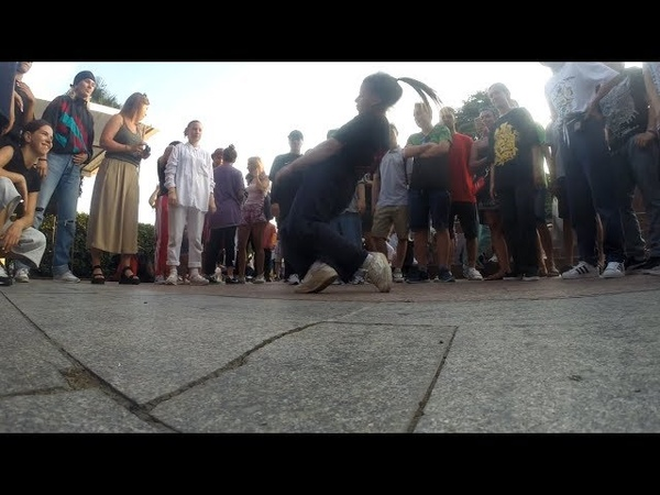 Bgirl Tata Break Rave Crew