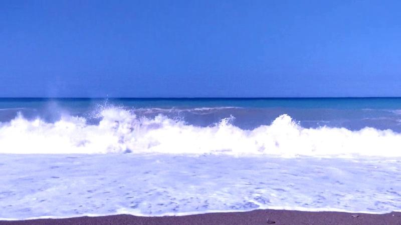 Шум волн. Для сна. Расслабляет и успокаивает. Релакс. АСМР.***Sound of the sea. Relax. ASMR.