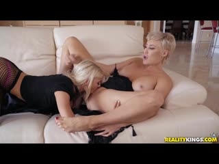 Ryan Keely and Kenzie Reeves - The Wakeup Call [Lesbian]