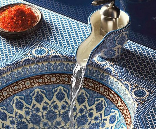 Как меньше платить за воду: 10 эффективных советов Как сэкономить несколько тысяч рублей, которые ежегодно утекают в трубу в прямом смысле этого слова? Воспользуйтесь нашими советами и забудьте о переплатах раз и навсегда