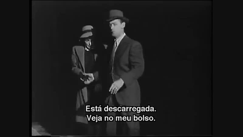 Sob o Manto Tenebroso (1946) - Legendado