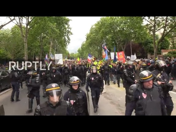 LIVE: Yellow Vests call for new protests in Paris