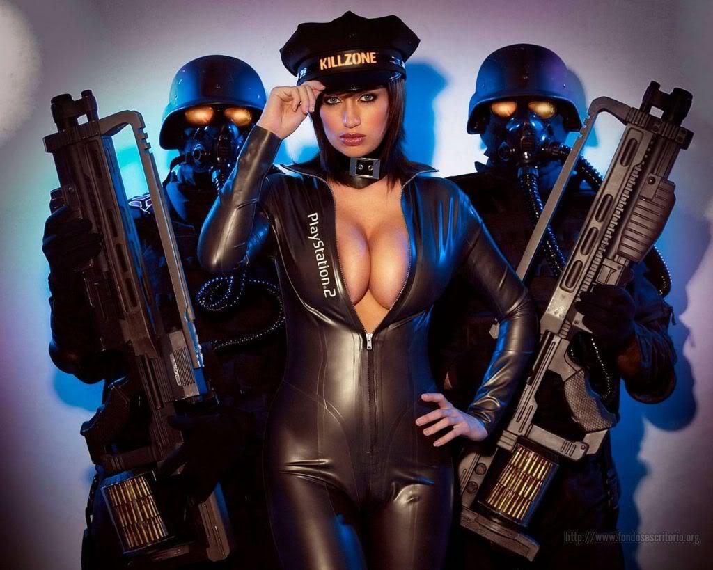 Картинки голых девушек с оружием