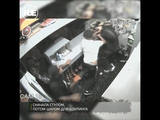 В Мичигане парни избили администратора в боулинг-клубе шаром и стулом