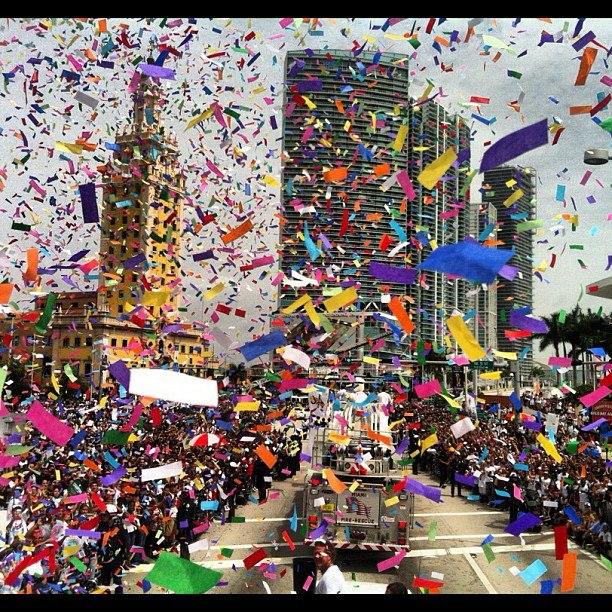 Чемпионов НБА поздравляют болельщики в Майами 2012