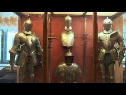 Рыцарский - самый посещаемый зал Эрмитажа