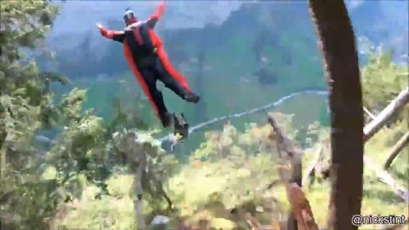 На старт, внимание, прыгай со скалы c вингсьютом!