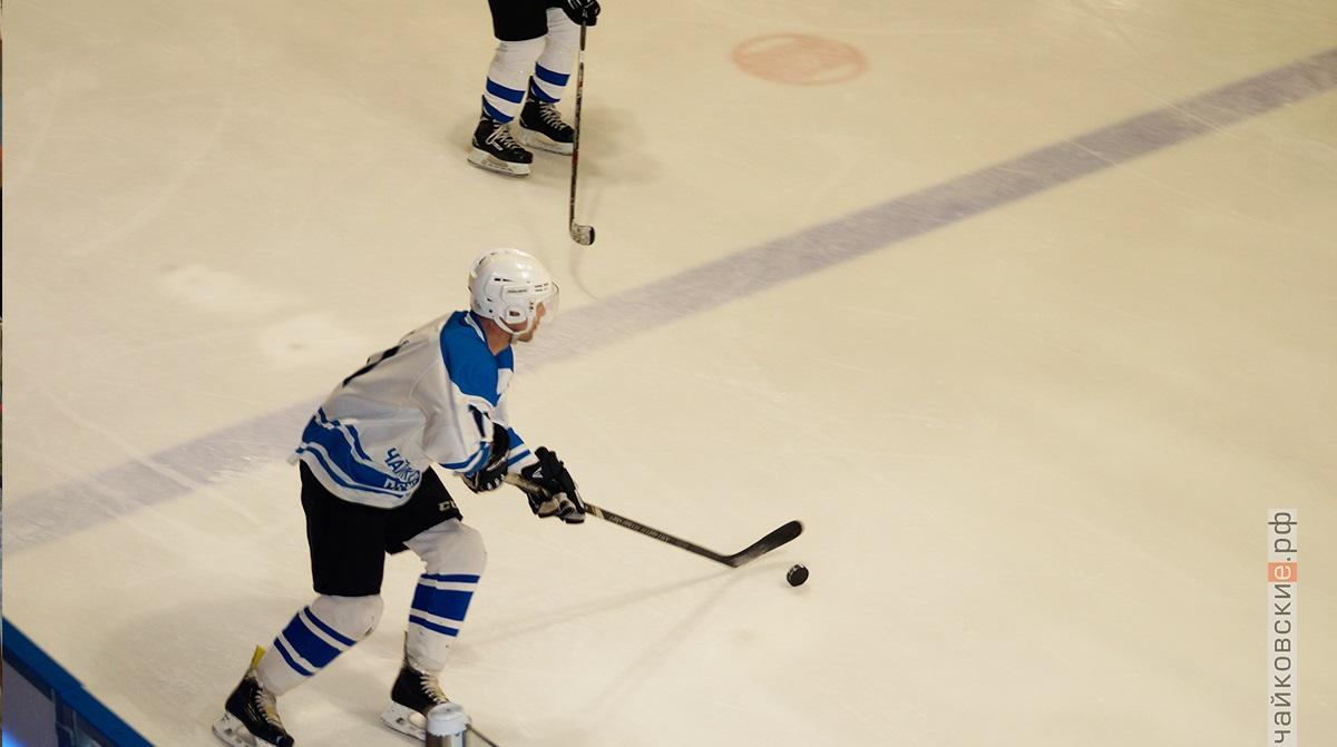 ночная хоккейная лига, чайковский район, 2019 год, 40+
