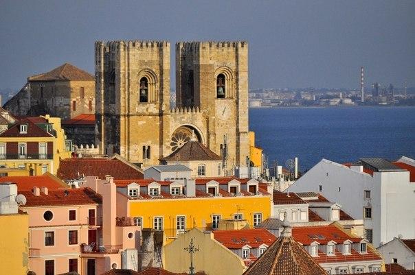 Португалия.