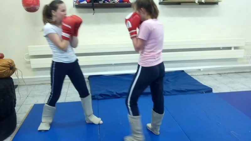 Девчонки boxingstyle.mp4