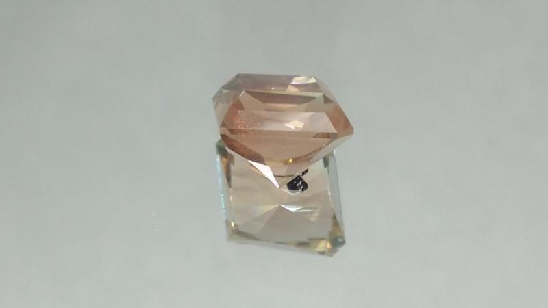 Орегонский солнечный камень.Огранка Алексея Комарова.Продан.3.45 карата.11.310.17 мм.Не леченый.Другие работы по хэштегу ge