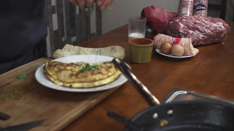 Омлет с фаршем от сети Уральский богатырь и кулинарного пространства Рататуй