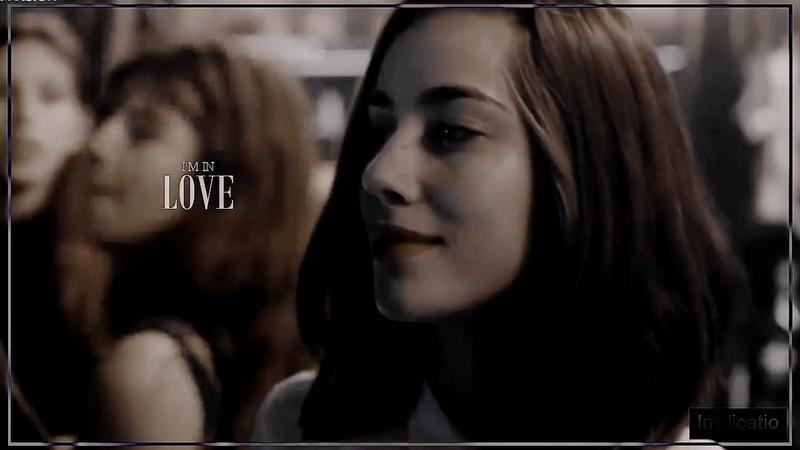 Mia Winter Eleonora Sava I'm in love