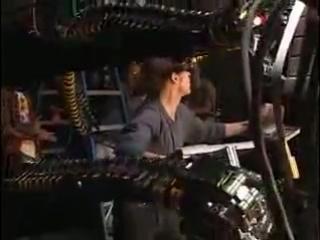 Уиллем Дефо на съемках фильма Человек-Паук 2