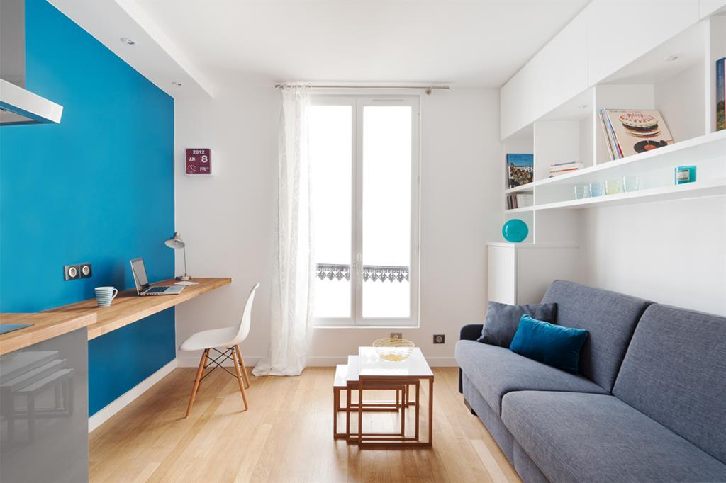 Скромная маленькая студия всего 15 м французского студента.
