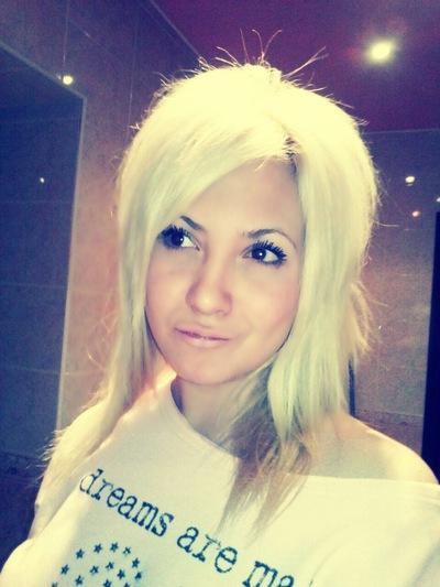 Лека Блонди, 4 мая 1990, Воркута, id192321527