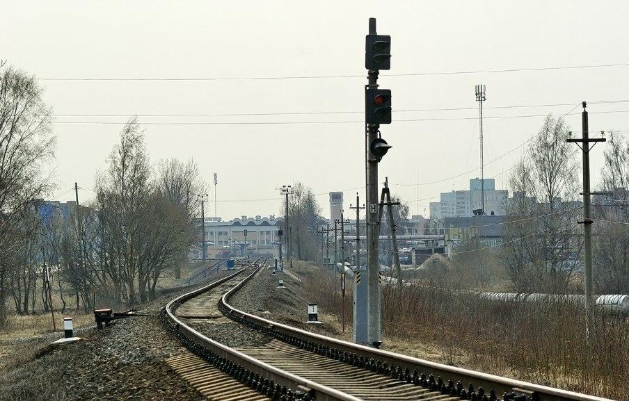 Входной светофор Н Дата: 4.04.2012.  Станция Солигорск.  Автор: Скуратов Андрей.