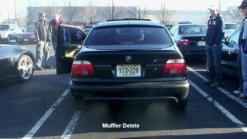 Битва выхлопов BMW M5 без резонатора и BMW M5 без глушителя