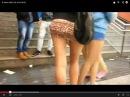 В мини юбке (In mini skirt)