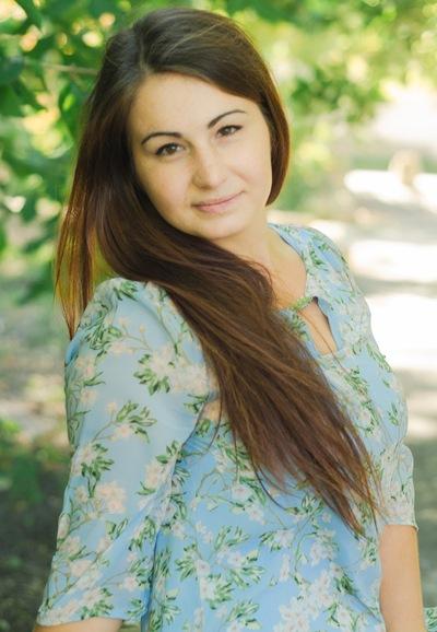 Маришка Серова