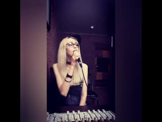Tina Vok -  Diamonds(cover Rihanna)