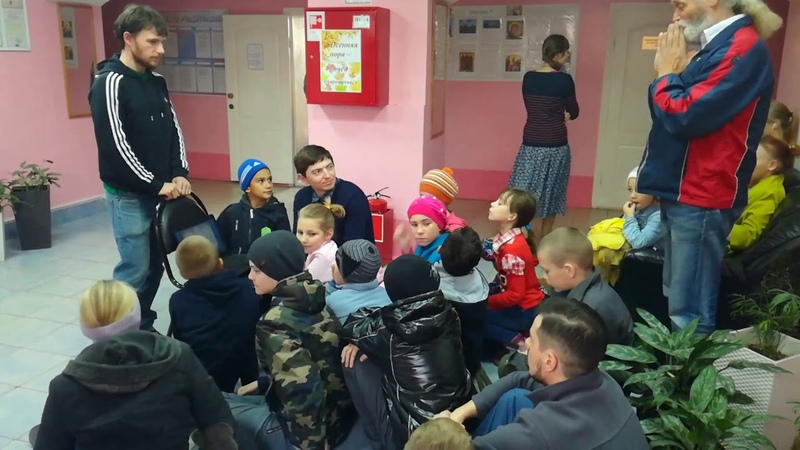 Поездка Сретенской молодежи в школу-интернат г. Михайлова