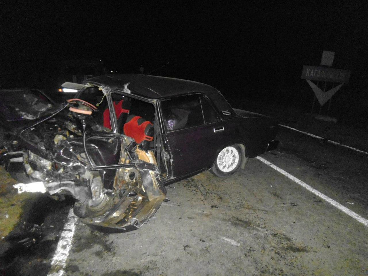 На донской трассе в ДТП погибли четыре человека, еще четверо получили серьезные травмы