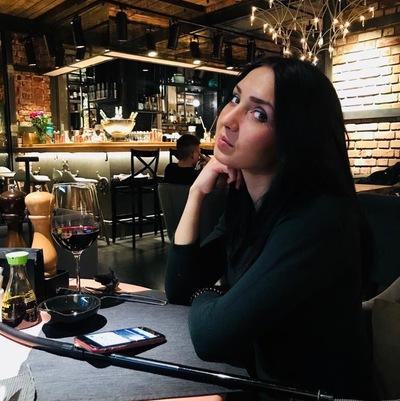 Оля Сафеева