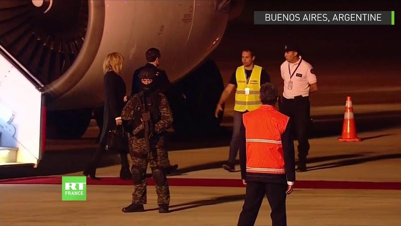 Insolite : Emmanuel Macron accueilli en Argentine par... des gilets jaunes