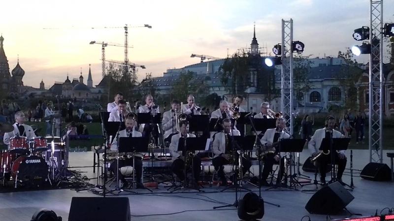 Серенада Солнечной долины Оркестр Лундстрема Зарядье