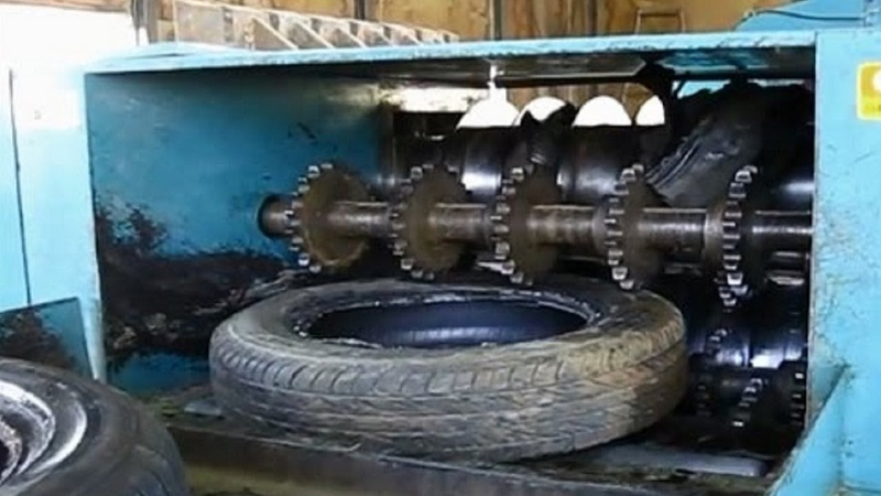 Extreme Powerful Shredding Machine Destroys Everything Machines Crushing Cars And Tires