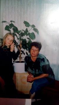 Голенькова Нина (Акулова)