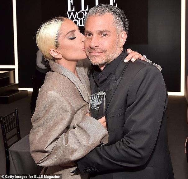 Леди Гага разорвала помолвку с Кристианом Карино