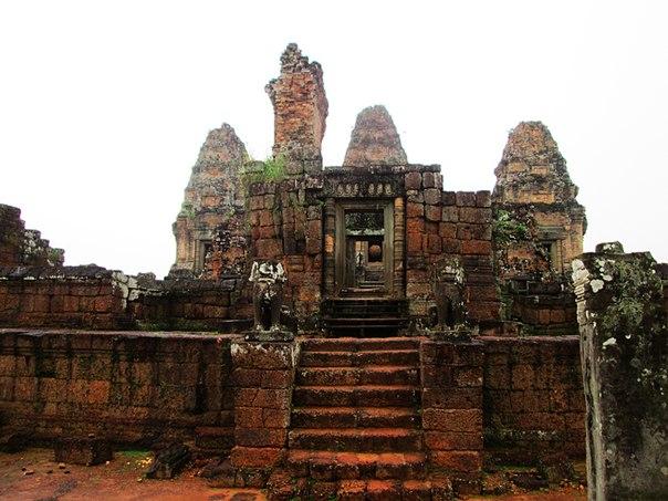 Наш загадочный Ангкор Q6HkRT2P9SY