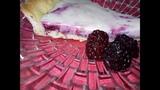Пирог с ежевикой со сметанным кремом