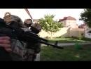 Видео спасения людей во время атаки террористов на храм в Грозном
