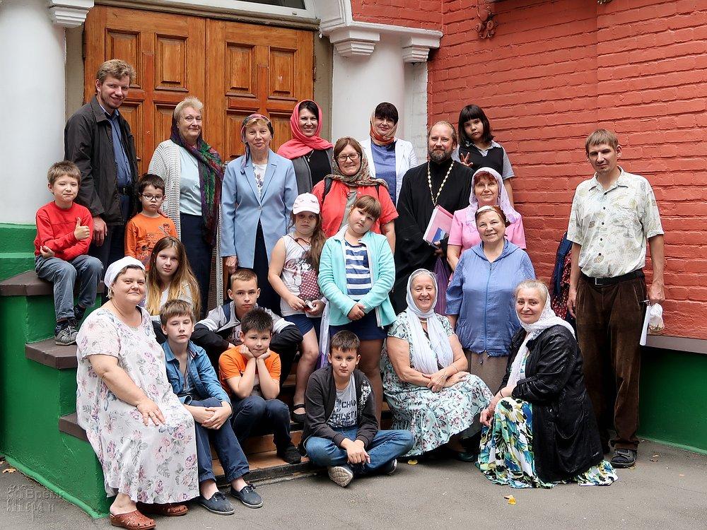 экскурсия в храм святых мучеников Адриана и Наталии в Бабушкине.