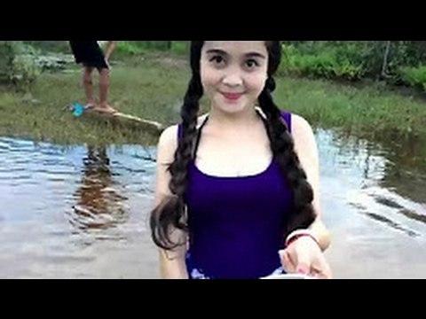 Я таких даже не видел! Красивая девушка Ищите рыбу в реке. Ты не поверишь!