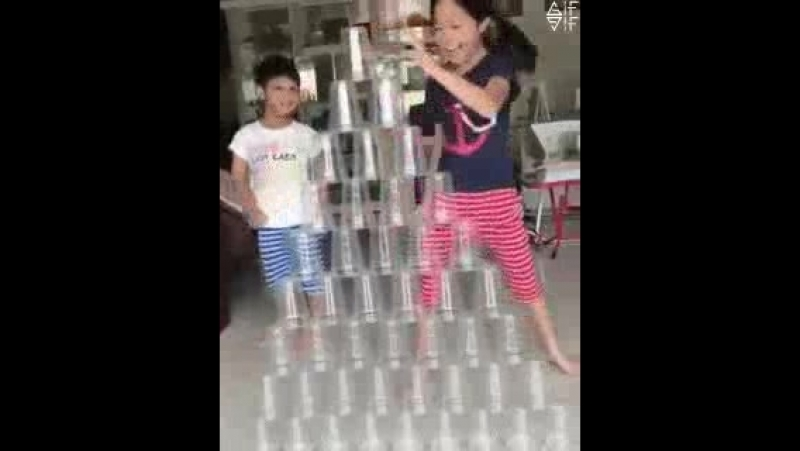 Cups pile backwards