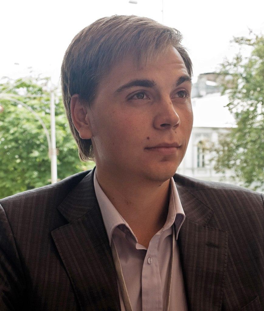 Денис Студенніков