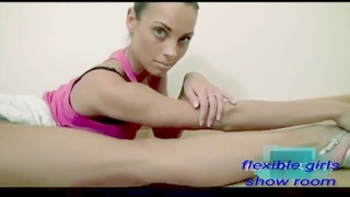 flexible girls formate show room (Elena, Priora, copies of fragments video from the Internet)