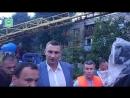 Кличко побывал на месте обрушившегося моста в Киеве