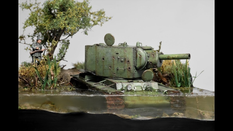 KV-2 Russian Tank Abandoned in Water 1942 - Diorama 1/72