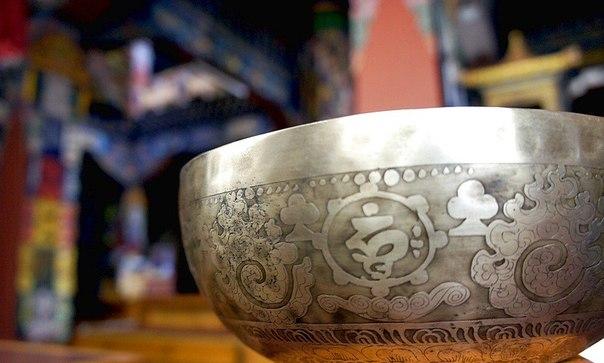 Поющая чаша. Магия. Как поют тибетские чаши. Очищение от негатива. Видео. Фото.   GzJHUvoveZA