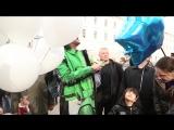 Филипп Киркоров приехал в Петербург на поезде