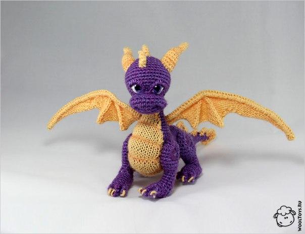 21 окт в 23:02.  Дракон Спайро (Spyro the Dragon) - вымышленный персонаж серии видеоигр.  Спайро всегда готов прийти...