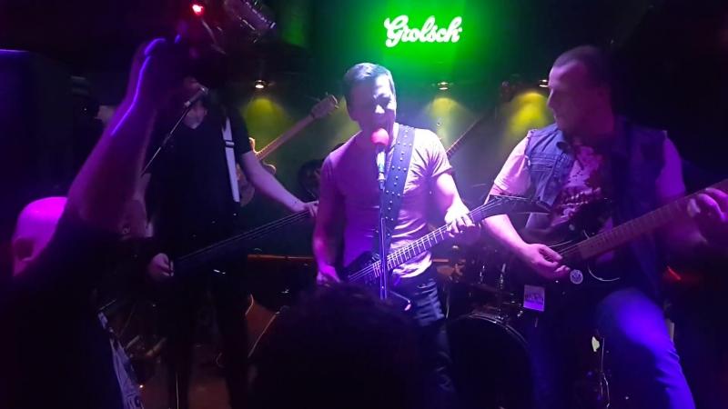 Die Die My Darling Tasty Nails Metallica Misfits live cover @ Ozzy bar 14 04 18