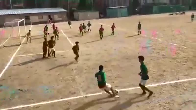 Toni Kroos' goal recreated by some kids
