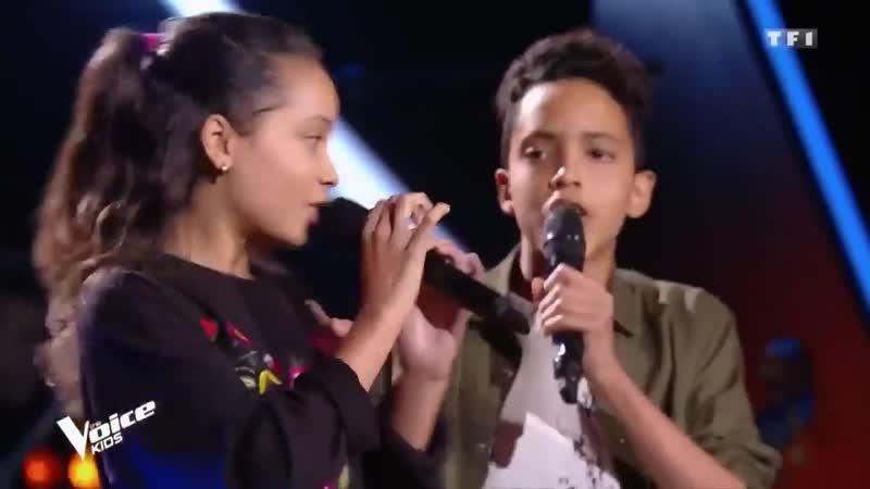 Дети поют 'Chained To The Rhythm'