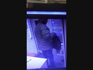 Мужик с феном ограбил офис микрозаймов в Одинцово